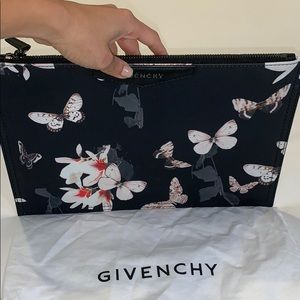 GIVENCHY Antigona butterfly magnolia pouch/bag